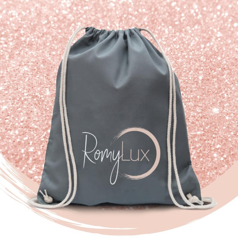 RomyLux – die Nr.-1 unter den Beauty Abos für Frauen ab 50.